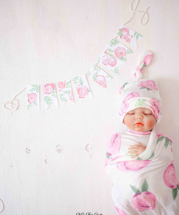 Pretty Plain Paper Pink Roses Mini Banner
