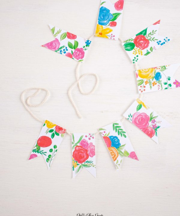Pretty Plain Paper Rainbow Floral Banner